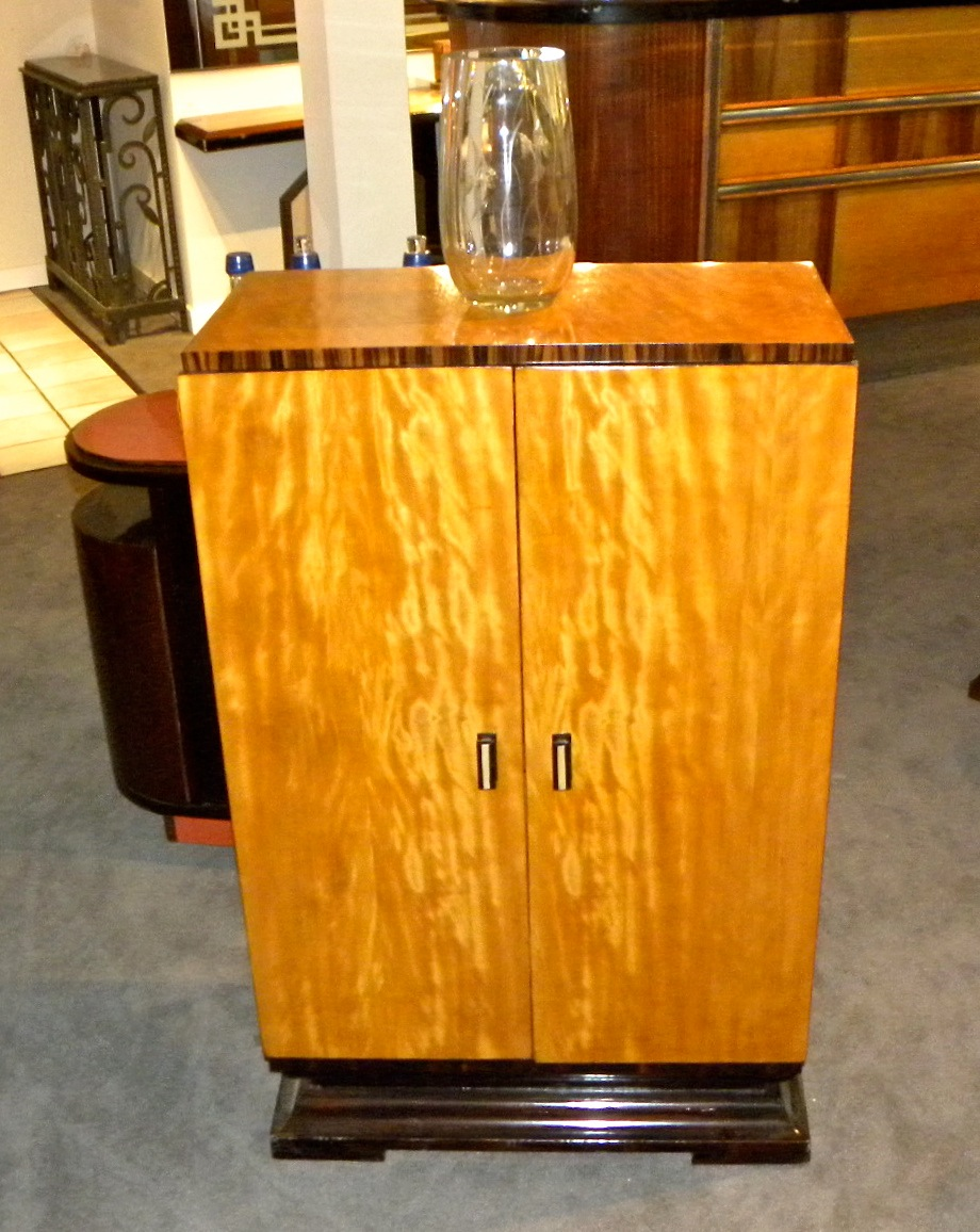 art deco bar cabinet sold items bars art deco collection. Black Bedroom Furniture Sets. Home Design Ideas
