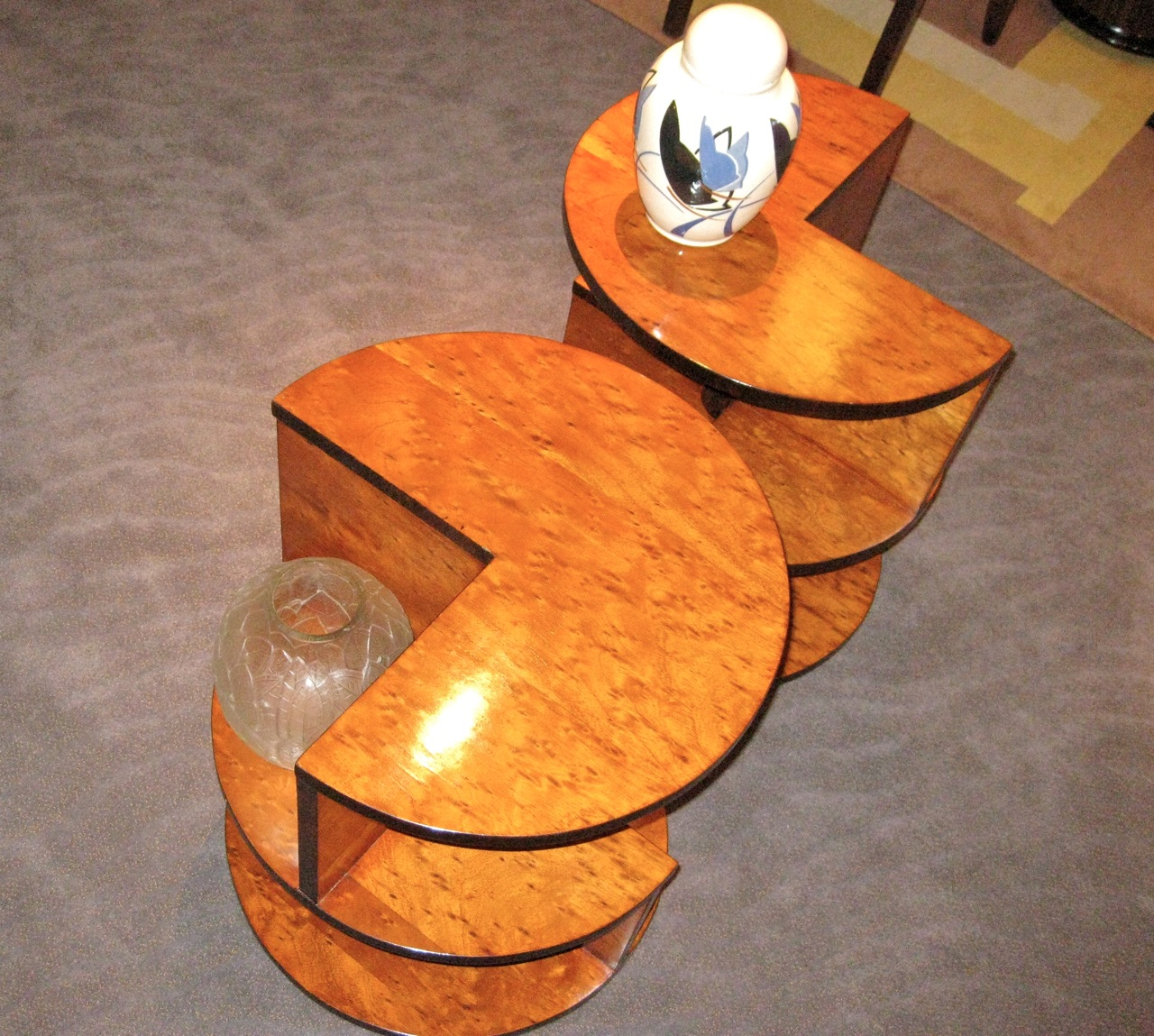 Art deco modernist side tables small tables art deco for Petite table deco