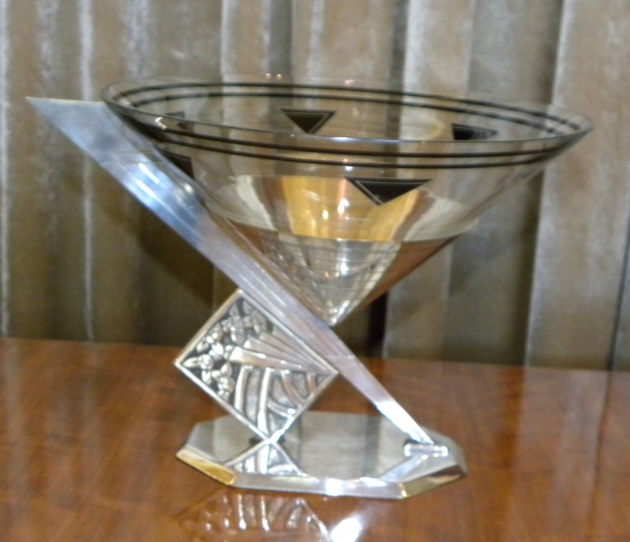 Unusual French Art Deco Coupe With Metal And Glass Sold Items Tableware Art Deco Collection