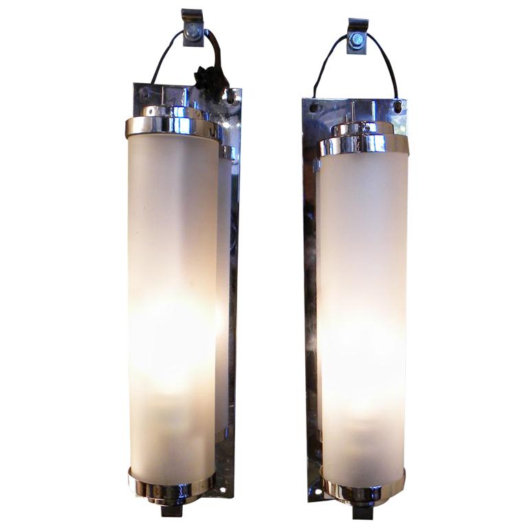 Art deco lighting for sale sconces and wall lights art for Art deco bathroom lighting