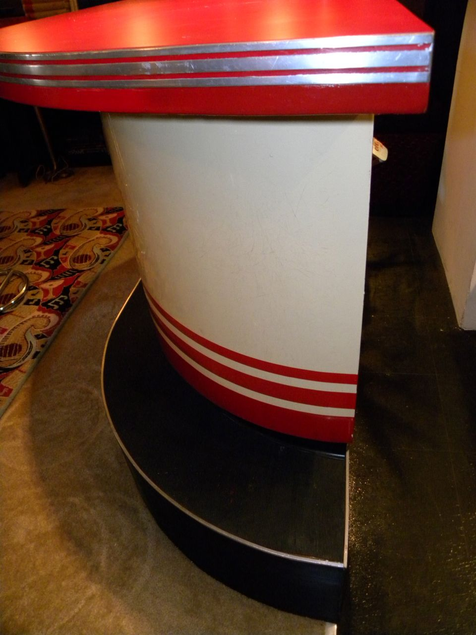 Art Deco Streamline Modern Bar with matching stools Bars  : 1789g from artdecocollection.com size 960 x 1280 jpeg 128kB
