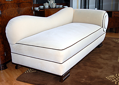day bed fainting coach sold items seating items art deco collection. Black Bedroom Furniture Sets. Home Design Ideas