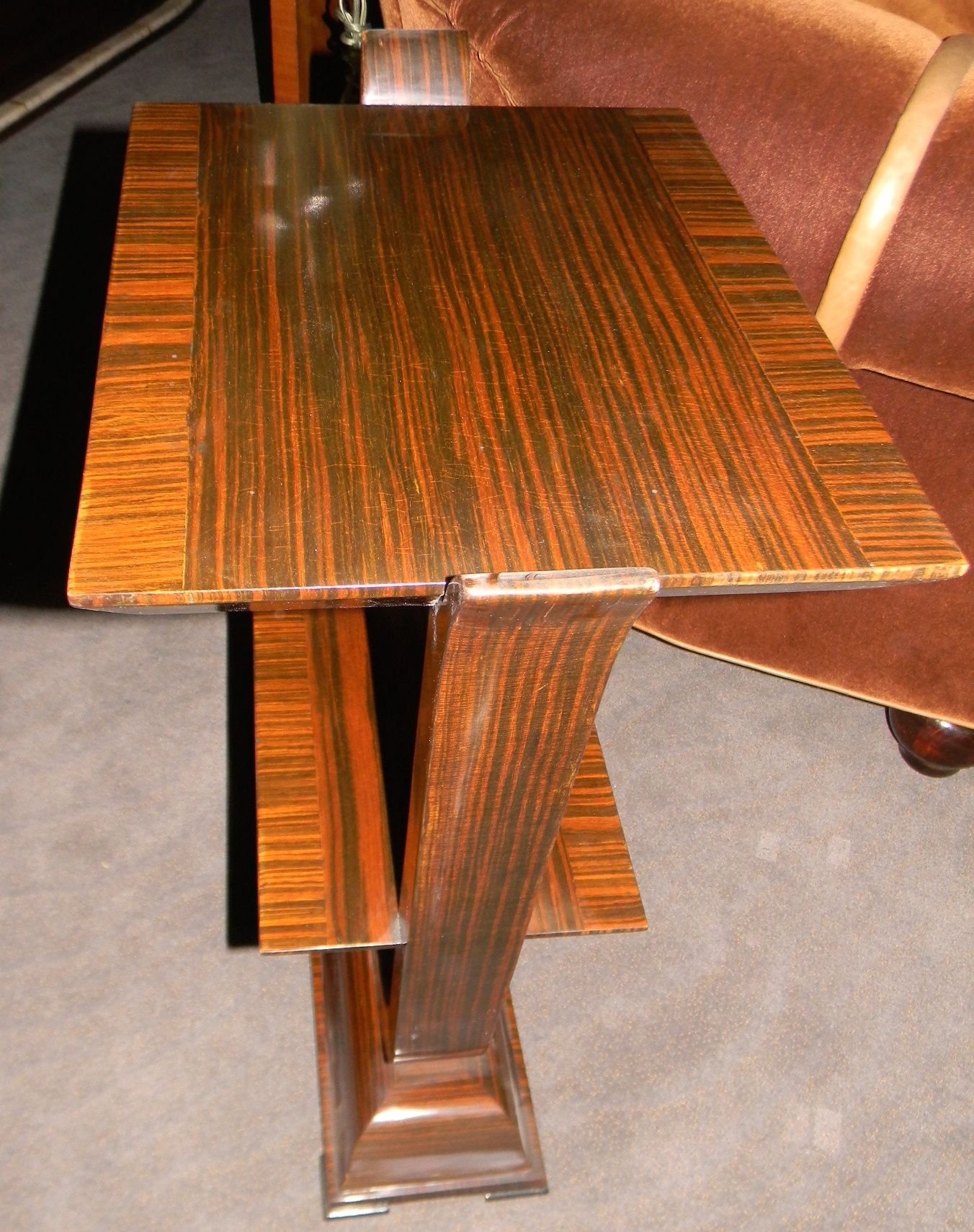 Macassar petite console or side table small tables art for Petite table deco