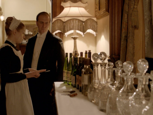 DowntonServantsDecanters