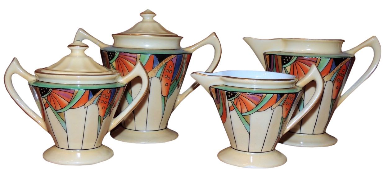 Modernistic Creamer and Sugar Set by Royal Rochester
