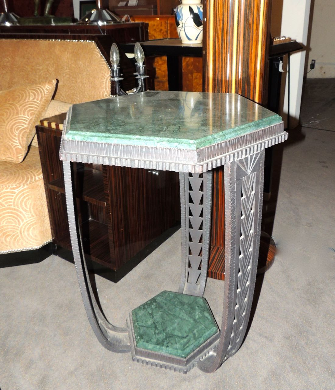 Art deco ironwork marble topped table small tables art for Petite table deco