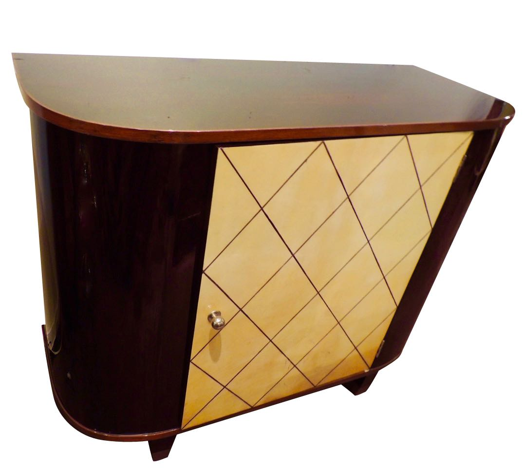 Art deco bedroom furniture for sale art deco collection for Examples of art deco furniture