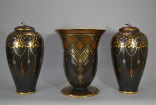 frie onnaing art deco pieces