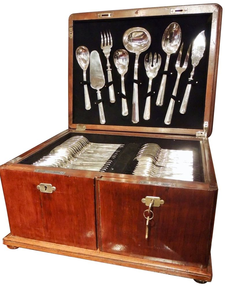 Complete  Silver Set in Wooden Chest by Calderoni Fratelli